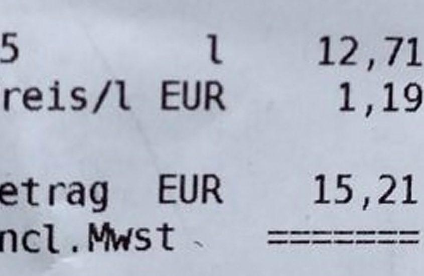 Pri sosedih za 1,19€/l, boljše ceste in manj prometa